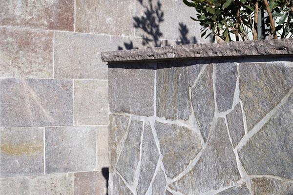 oregelbunden Trentoporfyr som murbeklädnad